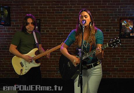 Christina LaRocca – Freddie (LIVE)