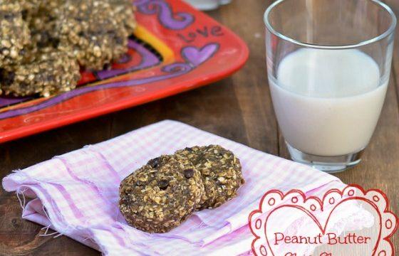 Allen Elliott tries Cara's Cravings No-Bake Peanut Butter Chia Chocolate Chip Cookies
