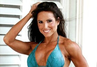 Personal Trainer and Fitness Model Kendall Lou Schmidt on C'est la Vie with Selah V!