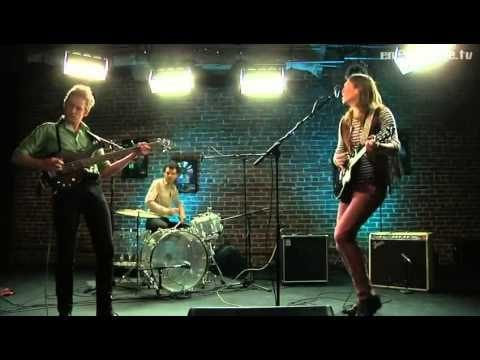 "The Golden Ghosts – ""Bandit"" (LIVE)"